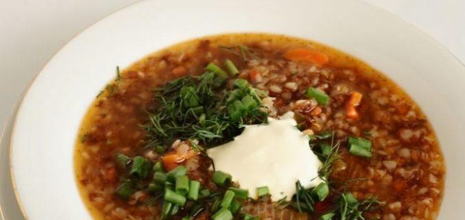 Суп з гречки з грибами