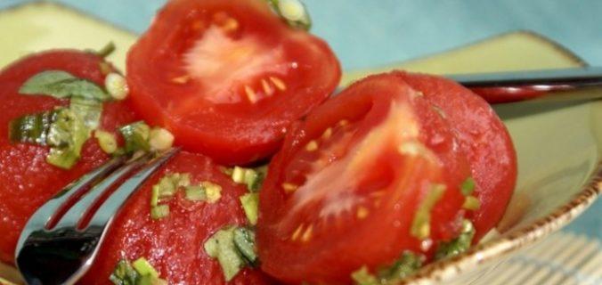 Швидкі мариновані помідори