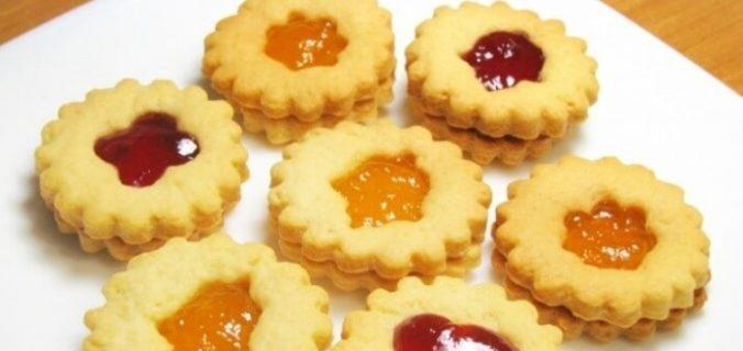 Пісочне печиво з повидлом