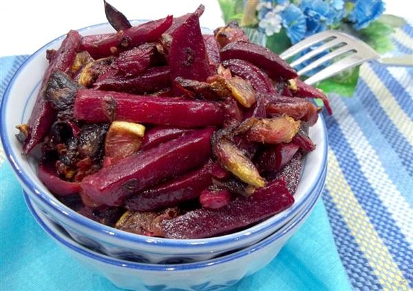 Тушковані овочі: рецепт з буряком і кабачками