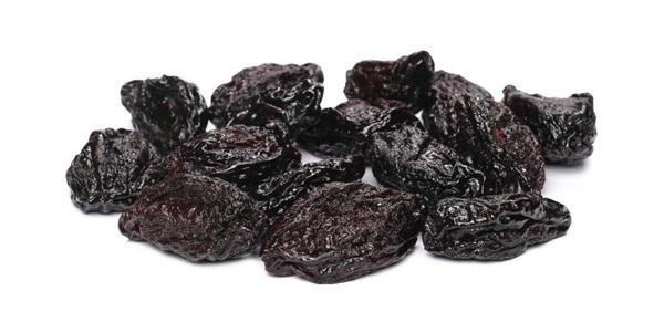 Чорнослив: користь, шкоду, рецепти, як приготувати