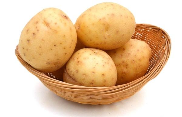 Картопля молода: склад, калорійність, користь, рецепти