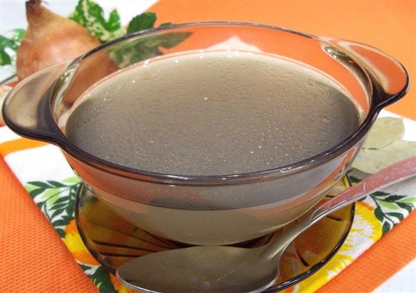 Курячий бульйон: як правильно варити для супу?