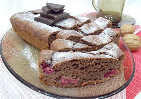 Шоколадний кекс: рецепт на кефірі з вишнями