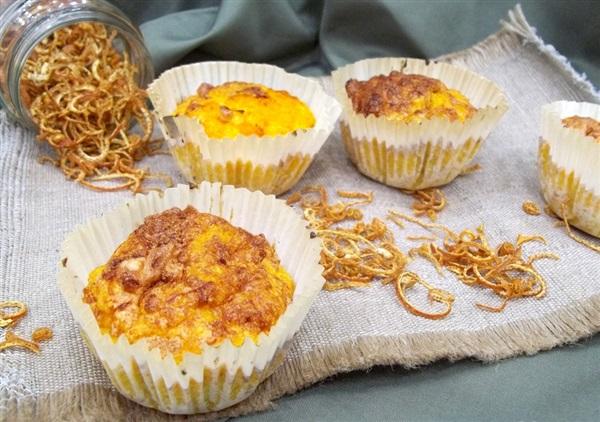 Дієтичні кекси: випічка з гарбуза і вівсянки