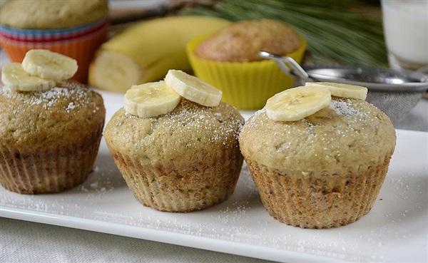 Мафіни з бананом на вершковому маслі – рецепт з фото