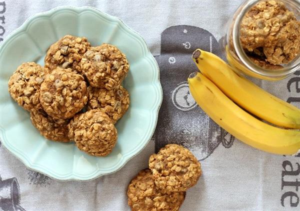 Дієтичне печиво з вівсяних пластівців з бананом, 4 рецепти