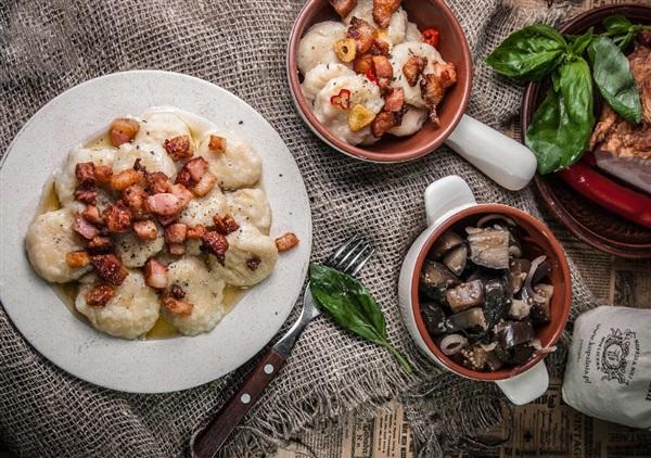 Картопляні галушки з мясом: корисні поради досвідчених кулінарів