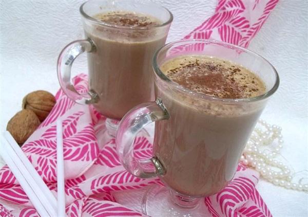 Як варити какао: рецепт зі спеціями і алкоголем