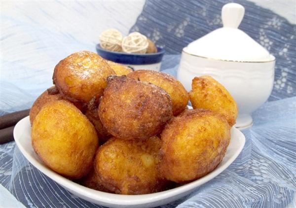 Пончики з сиру у фритюрі: покроковий рецепт