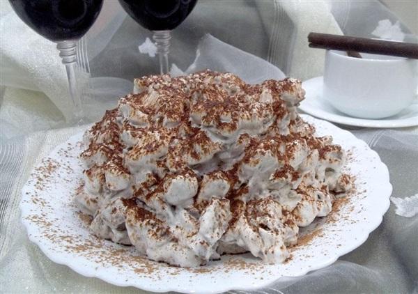 Торт без випічки з кексів та сметанного крему: покрокові фото, відео