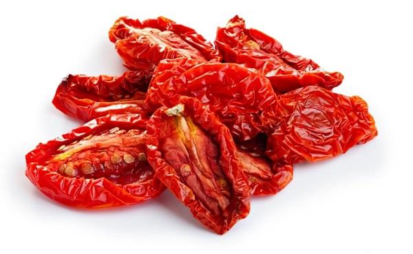 Вялені помідори: рецепти приготування, користь і шкода