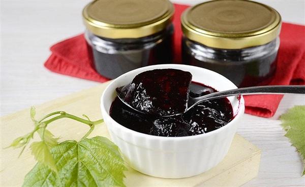 Желе з чорної смородини на зиму без желатину, рецепт з фото