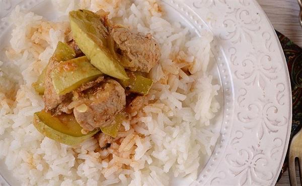 Кабачки, тушковані з мясом в томаті – покроковий рецепт