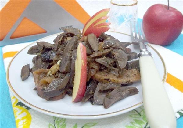 Печеня з свинячих нирок і фруктів за Дюкану — секрети приготування