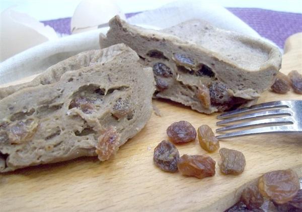 Шоколадний омлет з родзинками та сметаною: покроковий рецепт з фото в мікрохвильовці