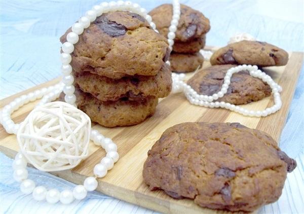 Розсипчасте пісочне печиво з шоколадом: покроковий рецепт