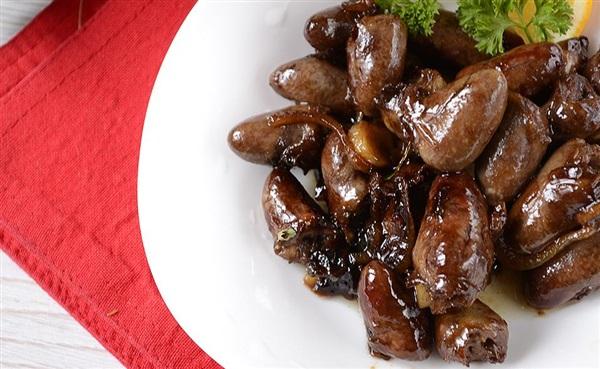 Курячі сердечка по-китайськи в соєвому соусі: рецепт з фото