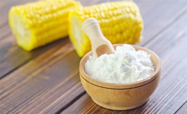 Кукурудзяний крохмаль: рецепти, користь і шкода