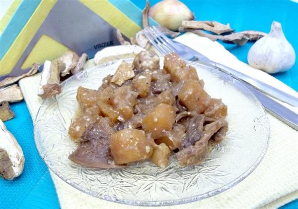 Картопля з сушеними білими грибами в духовці — секрети приготування