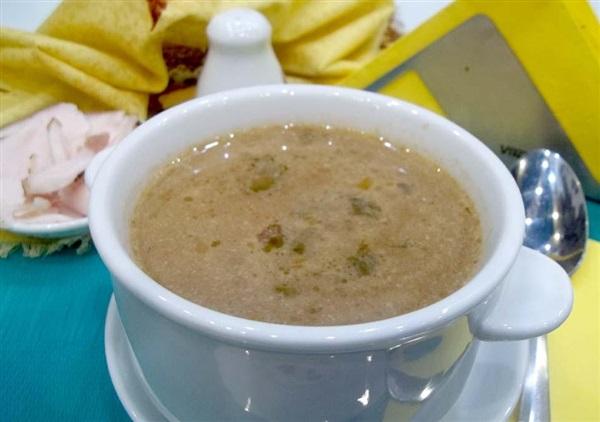 Бограч по-угорськи на плиті: покроковий рецепт приготування страви