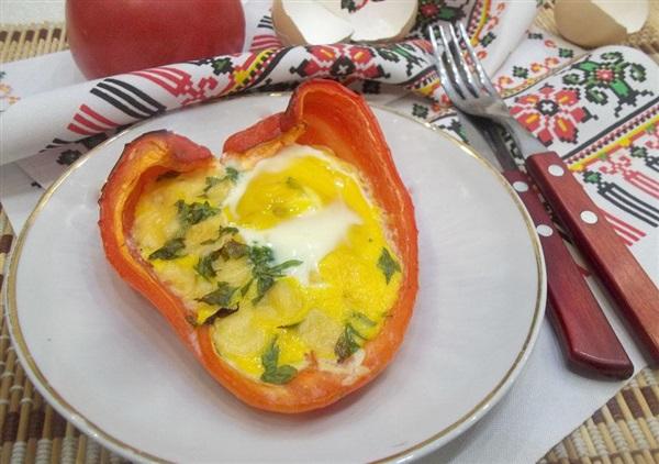 Яєчня з сиром в перці в духовці: тонкощі приготування і покроковий рецепт з фото