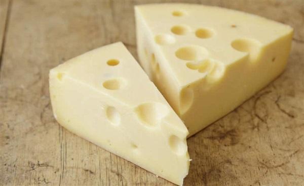 Сир Ярлсберг: рецепт приготування, користь, шкоду