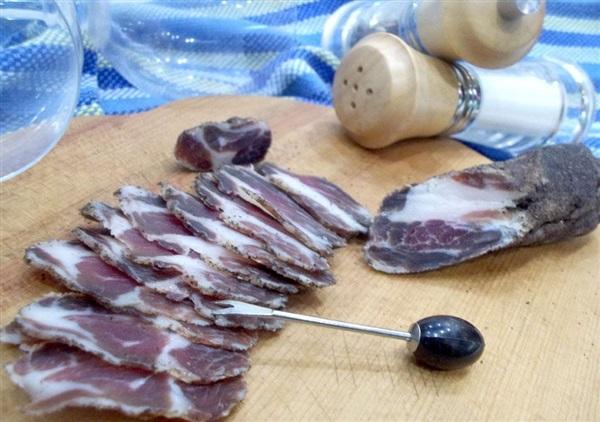 Сировялена свиняча вирізка: покроковий рецепт з фото